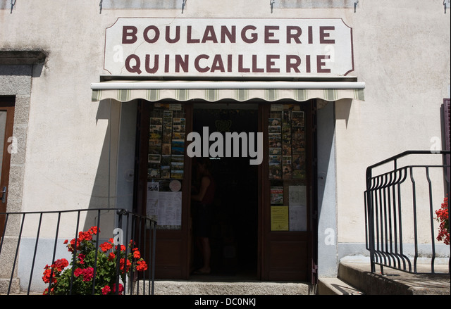 quincaillerie stock photos quincaillerie stock images alamy. Black Bedroom Furniture Sets. Home Design Ideas