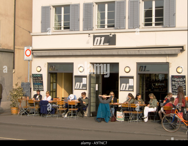 Switzerland Zurich Limmatquai Bar 01 terasse - Stock Image