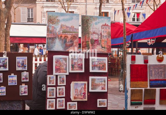 Paintings on sale at the famous Place du Tertre in Montmartre, Paris, France - Stock-Bilder