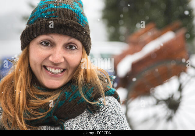 Mid adult woman smiling - Stock-Bilder