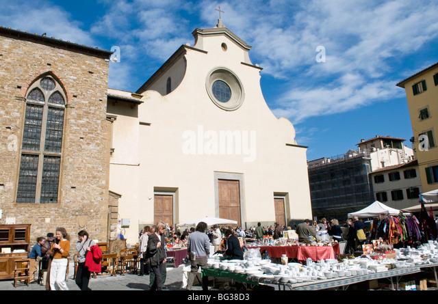 Antiquarian fair, Piazza Santo Spirito, Chiesa di Santo Spirito, Florence (Firenze), UNESCO World Heritage Site, - Stock-Bilder
