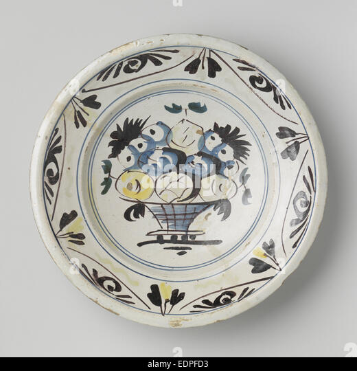 Dish polychrome painted majolica, Anonymous, c. 1725 - c. 1775 - Stock Image