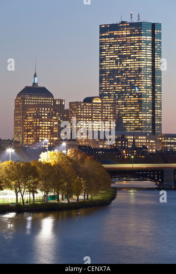 Buildings lit up at dusk, Boston, Massachusetts, USA - Stock-Bilder