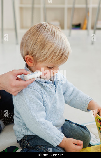 CHILD, FACIAL PROTECTION - Stock Image