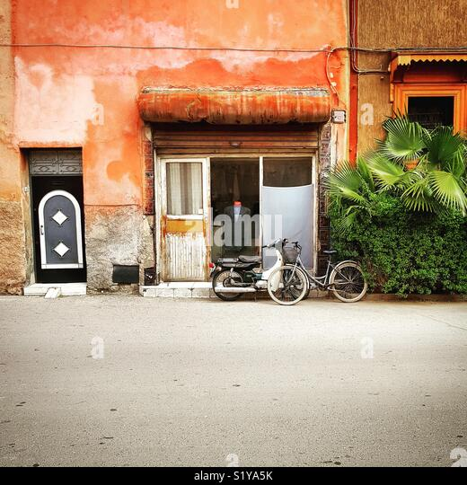 Tailor's shop in Marrakech street - Stock Image