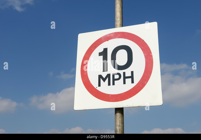 10 MPH sign - Stock Image