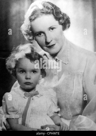 Emmy Goering with daughter Edda - Stock-Bilder