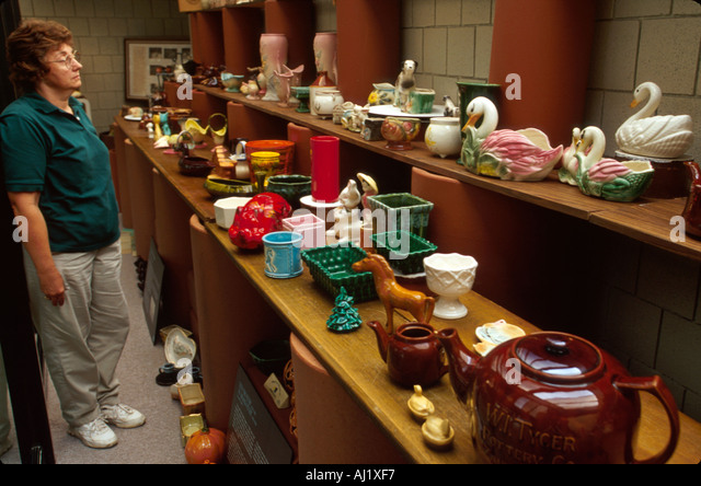 Ohio Roseville Ohio Ceramic Center Ungemach Pottery exhibit pof historic collectibles - Stock Image