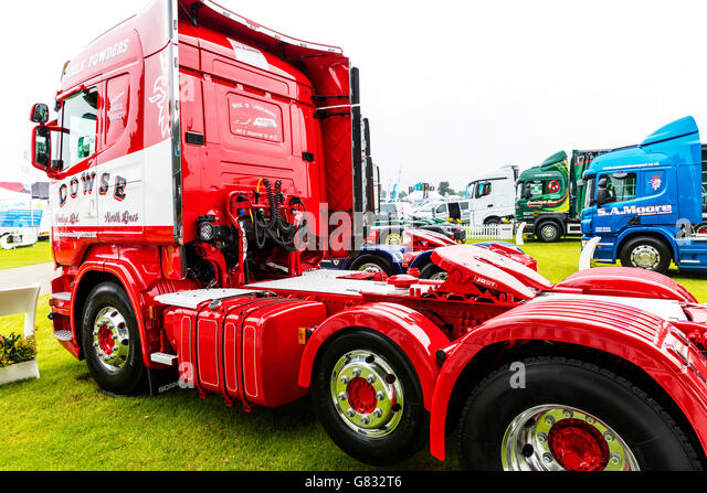 Back of truck cab showing hoses and brake lines lorry trucks connections to trailer UK England GB - Stock Image
