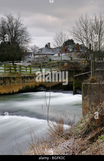 Winter Weir, River Avon - Great Somerford - England. - Stock Image