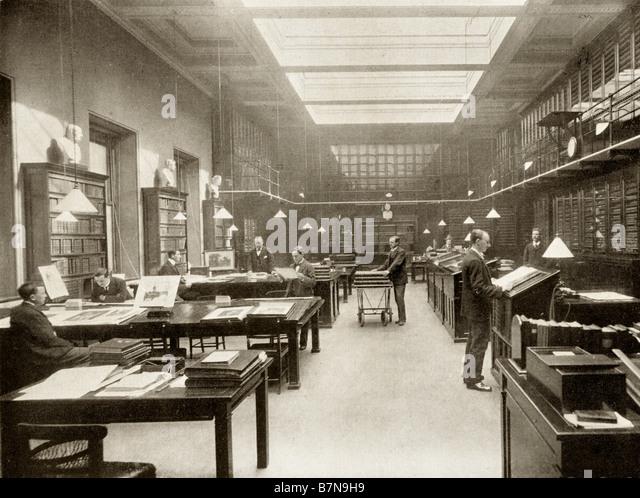 The British Museum Print Room circa 1900 - Stock Image