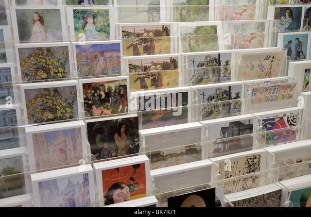 Washington DC National Gallery of Art West Building museum gift shop shopping merchandise souvenir collection prints - Stock Image