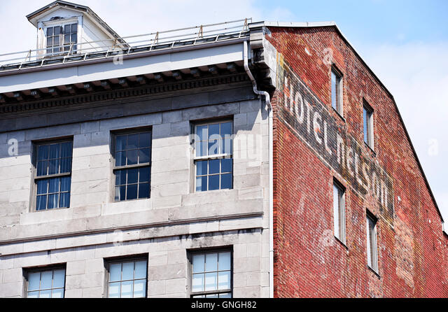 The Nelson hotel on Place Jacques Cartier in Old Montreal, Quebec, Canada - Stock Image