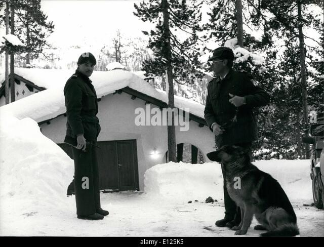 Mar. 03, 1988 - Klosters/Switzerland: Royal Ski Tragedy: Security guard stands in front of ''Casa Forestal'' - Stock Image