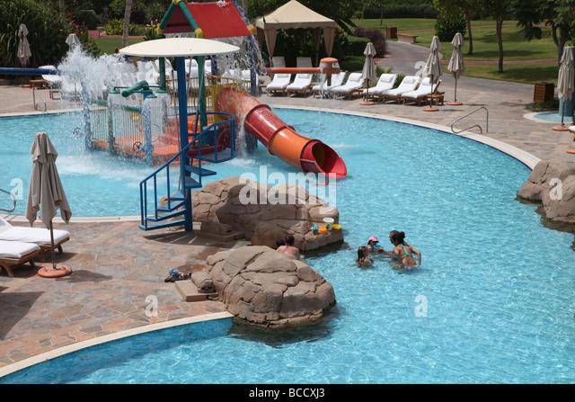 Hotel grand hyatt stock photos hotel grand hyatt stock images alamy for Grand hyatt beijing swimming pool