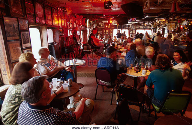Alabama Gulf Coast Orange Beach Flora Bama Roadside Lounge drinking dancing live music - Stock Image