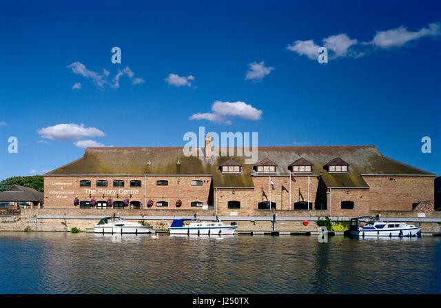 Priory Centre St Neots on River Great Ouse - Stock Image