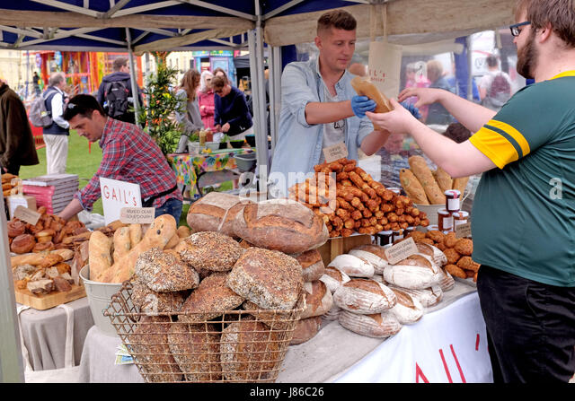 Brighton, UK. 27th May, 2017. Despite the cooler bank holiday weather the Brighton and Hove Food and Drink Festival - Stock Image
