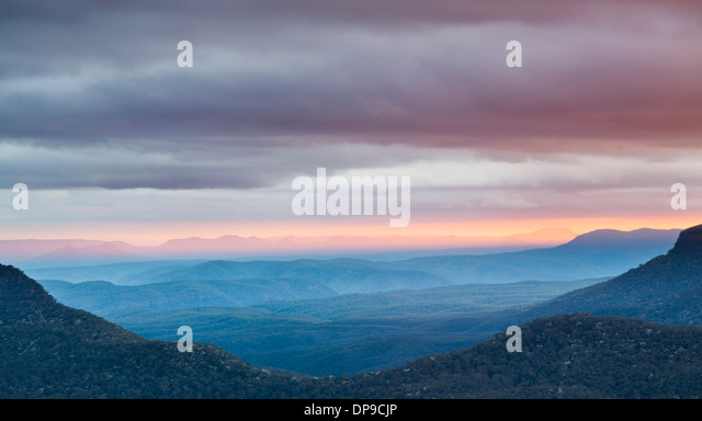 View from Echo Point overlooking the Blue Mountains near Sydney, New South Wales, Australia at dawn - Stock Image