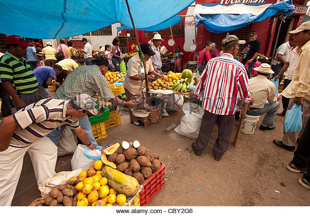 Everyday life at the marketplace an early morning in Penonome center, Cocle province, Republic of Panama. - Stock-Bilder