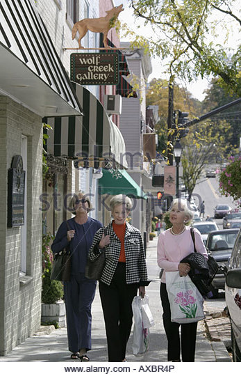 West Virginia Lewisburg businesses senior shoppers - Stock Image