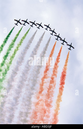Italian airforce flying in formation - Stock Image