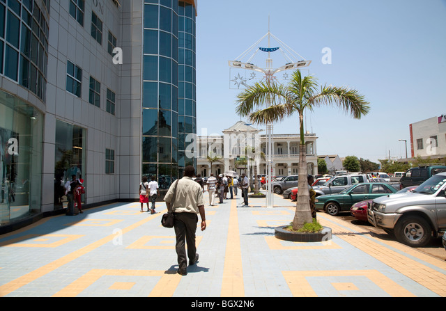 Outside the Maputo Shopping center, Mozambique - Stock Image