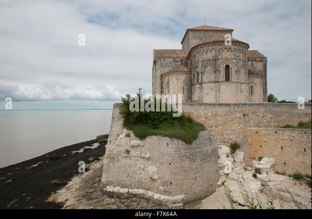Talmont church, Gironde, France - Stock Image