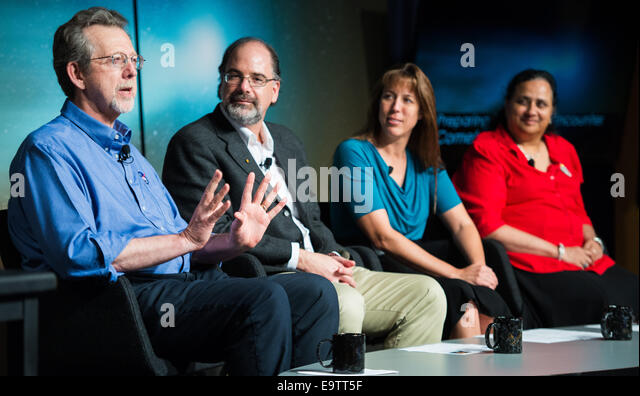 Jim Green, director, Planetary Science Division, NASA Headquarters, Washington, left, is seen with fellow panelists - Stock Image