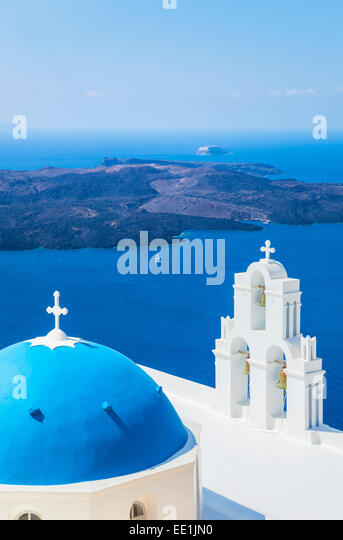 Blue dome and bell tower, St. Gerasimos church, Firostefani, Fira, Santorini (Thira), Cyclades Islands, Greece - Stock-Bilder