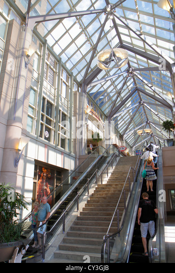 Massachusetts Boston Boylston Street Shops at Prudential Center escalator interior glass roof - Stock Image