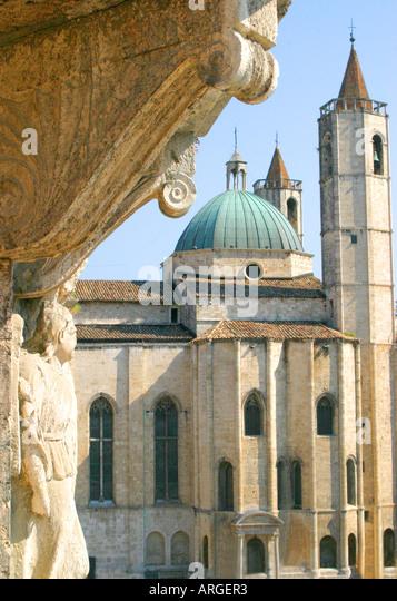 View of the BEAUTIFUL TRAVENTINE MARBLE  HISTORIC Piazza del Popolo  in Ascoli Piceno Le Marche Italy - Stock Image