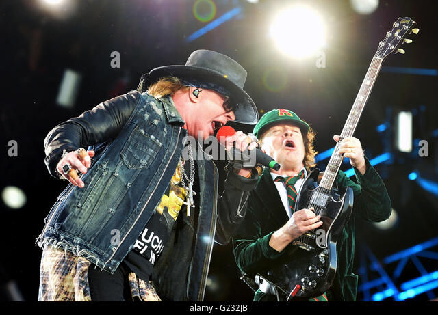 Prague, Czech Republic. 22nd May, 2016. Singer Axl Rose and Lead guitar player Angus Young perform during the concert - Stock Image