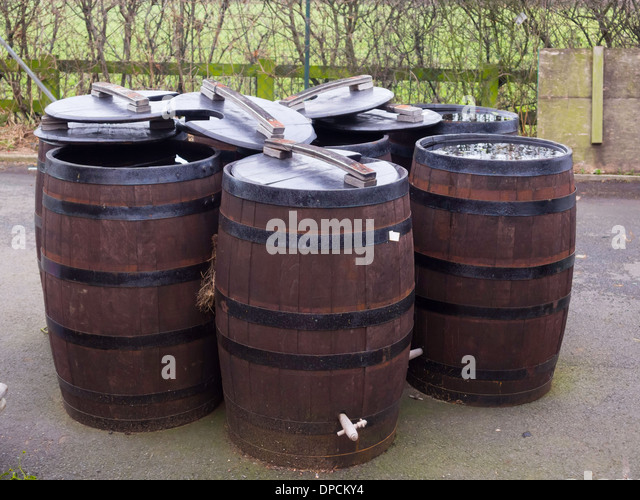 Water Butts Stock Photos Amp Water Butts Stock Images Alamy