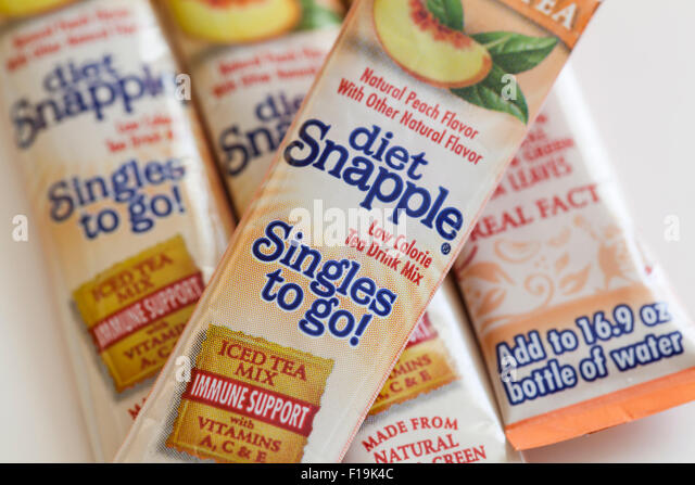 Diet Snapple Singles to Go iced tea mix packages - USA - Stock Image