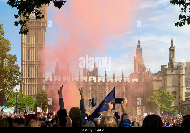 London, UK , 2 July 2016: Crowds of protesters on the March for Europe demonstration at Parliament Square setting - Stock Image
