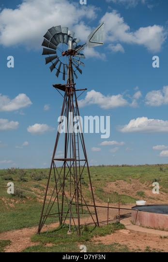 Windmill Pump Water Well Stock Photos Amp Windmill Pump