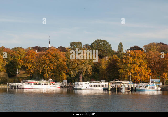 Boating on the Wannsee waterways, Berlin - Stock Image