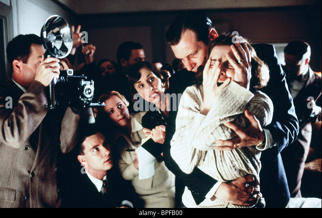 SCENE WITH ISABELLA ROSSELLINI CRIME OF THE CENTURY (1996) - Stock Image
