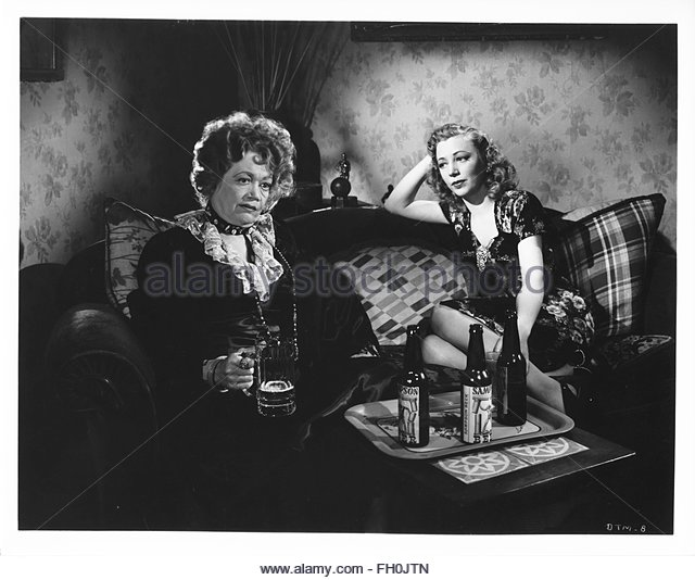 BORN TO KILL (1947), directed by Robert Wise. Audrey Long (right)   Courtesy Granamour Weems Collection. Editorial - Stock Image