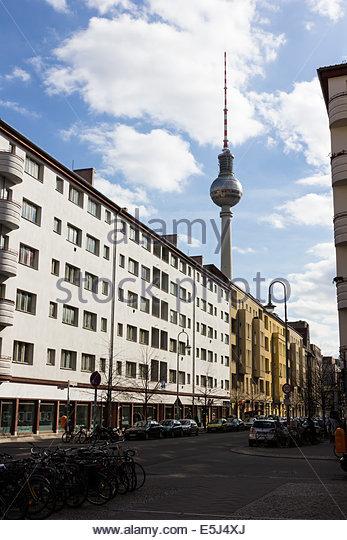 berlin street life stock photos berlin street life stock images alamy. Black Bedroom Furniture Sets. Home Design Ideas