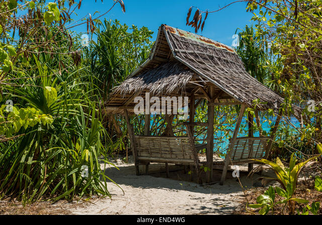 Tropical Beach Huts: Bamboo Hut Stock Photos & Bamboo Hut Stock Images