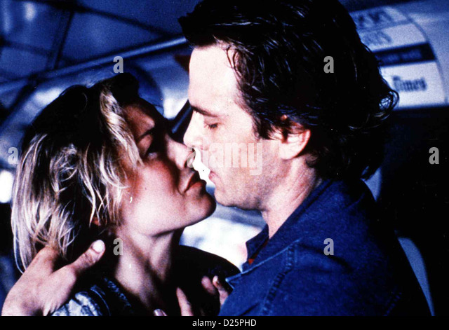 Total Terminator  Timebomb  Patsy Kensit, Michael Biehn Anna (Patsy Kensit) und Eddie (Michael Biehn) finden heraus, - Stock Image