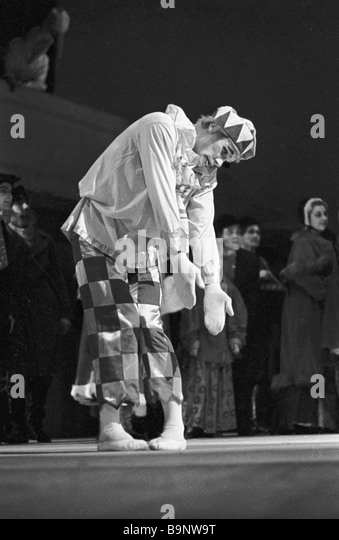 Honourable artist of the Russian SFSR Vladimir Vasiliev as Petrushka in Igor Stravinsky s Petrushka ballet - Stock Image