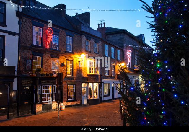 Christmas tree and Market Place at dusk, Knaresborough, North Yorkshire, Yorkshire, England, United Kingdom, Europe - Stock Image