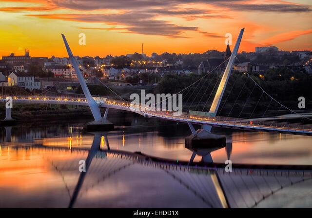 The Peace Bridge. Derry/Londonderry, Northern Ireland. - Stock-Bilder