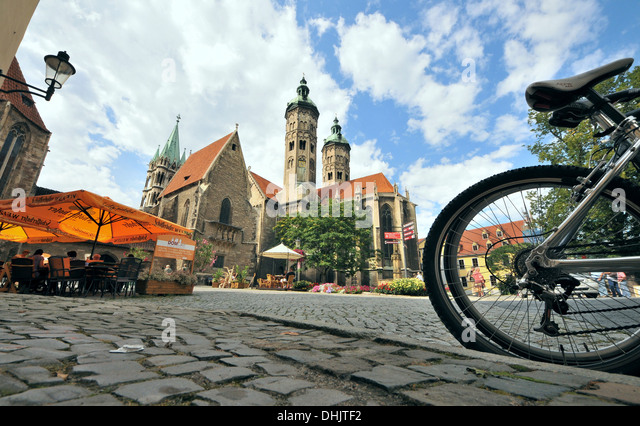 Square at the cathedral St. Peter and Paul, Naumburg, Saxony-Anhalt, Germany, Europe - Stock Image