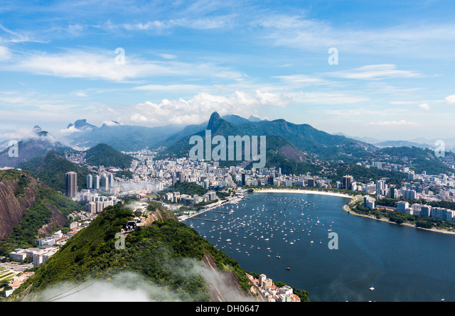 Aerial view of city and harbor of Rio de Janeiro in Brazil from cable car on Sugarloaf Mountain - Stock-Bilder