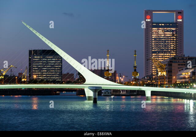 Puente de la Mujer (Bridge of the Woman) at dusk, Puerto Madero, Buenos Aires, Argentina, South America - Stock Image
