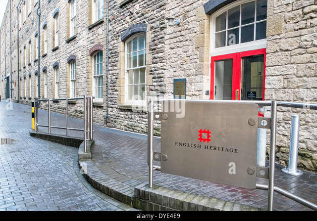 The sign & the entrance to The Engine House, the English Heritage Archive & office at Swindon - Stock-Bilder